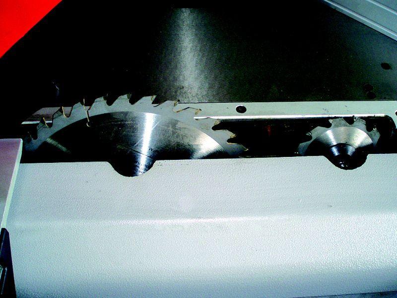 PKS-315 F formátovacia píla s predrezom