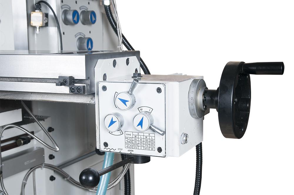 FHV-60PD Univerzálna frézka  s digitálnym odmeriavaním